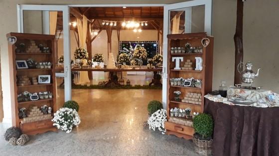 Buffet para Casamento com Decoração Indaiatuba - Buffet para Casamento em Chácara