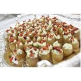 buffet de debutante com finger food preço Paulínia