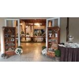 buffet para casamento com decoração Franco da Rocha